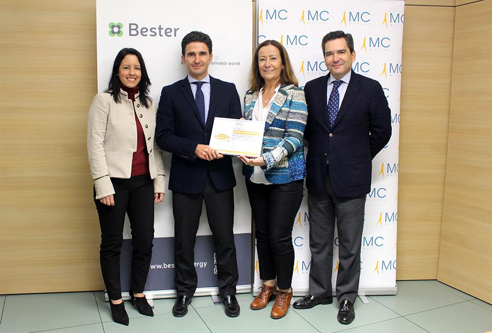 Bester receives the certificate bonus by MC MUTUAL